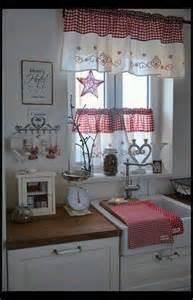 tende per finestra cucina 1000 idee su tende della finestra della cucina su