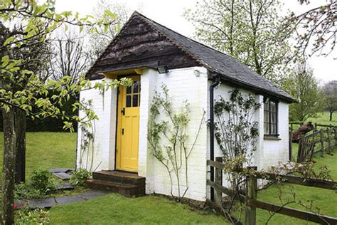 Serendipity's Library: Writing Sheds