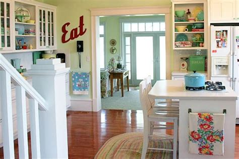 retro kitchen decor ideas meadowbrook farm a new kitchen with vintage appeal
