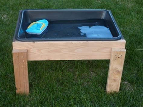 Sand Table Ideas Diy Summer Water Table Plus You Can Switch Out The Bin And Make It A Sand Table I If