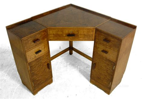 Vintage Corner Desk Deco Corner Desk In Maple C1930 Antiques Atlas