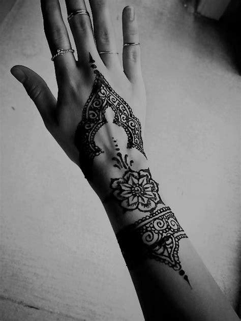 ecc2cf4007abaa1c84bea318d76158fc tattoo henna henna tattoo