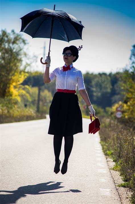 green easy diy halloween costume mary poppins