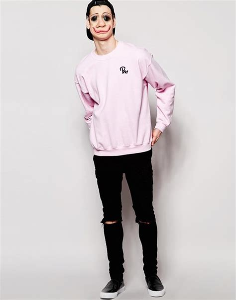 supreme clothing shoes sweater nike dazedclothing supreme streetwear