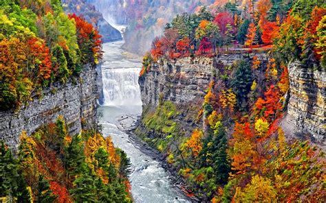 jesien gory wodospad