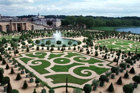the versailles gardens and travel europe