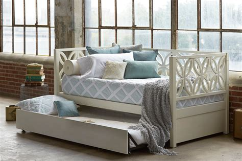Bayview Daybed W Trundle Contemporary Daybeds By Hemnes Daybed Living Room