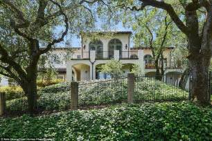 stephen currys house golden state warrior stephen curry s house is for sale for 4million daily mail online