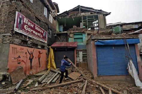 earthquake delhi photos earthquake in delhi 6 8 magnitude quake rocks