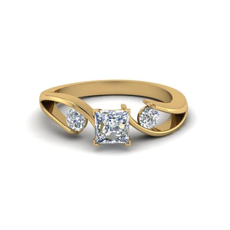 Cut Engagement Rings Gold Jewelry by 3 Princess Cut Engagement Rings Fascinating Diamonds