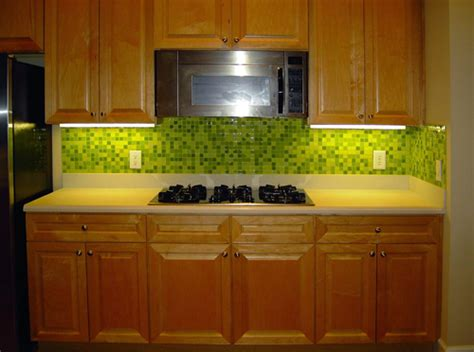 lime green kitchen backsplash with glass mosaic tiles