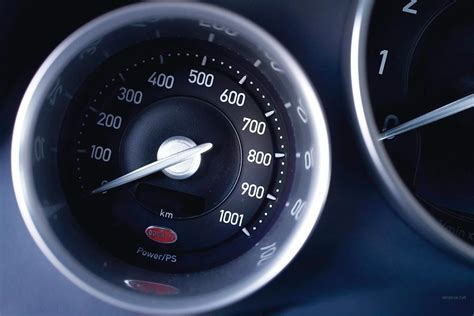bugatti speedometer bugatti veyron red highspeed speedometer cars