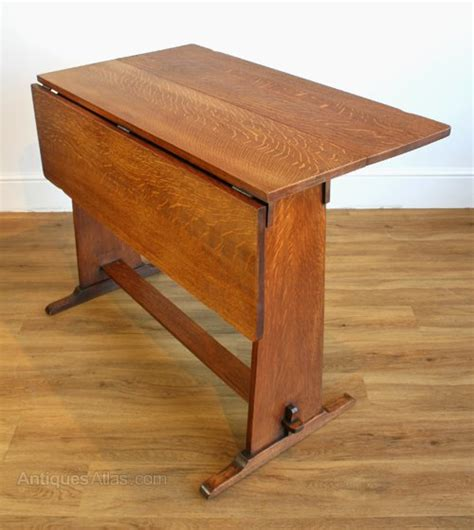 Drop Leaf Craft Table An Arts Crafts Oak Drop Leaf Table Antiques Atlas