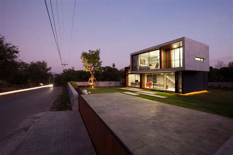 modern house backyard contemporary w house designed by idin architects