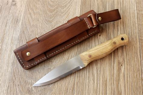 bushcraft knife sheaths mk leathers 187 bushcraft knife sheaths