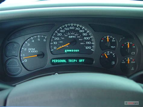automotive repair manual 2004 chevrolet tahoe instrument cluster image 2004 chevrolet suburban 4 door 1500 4wd ls instrument cluster size 640 x 480 type gif