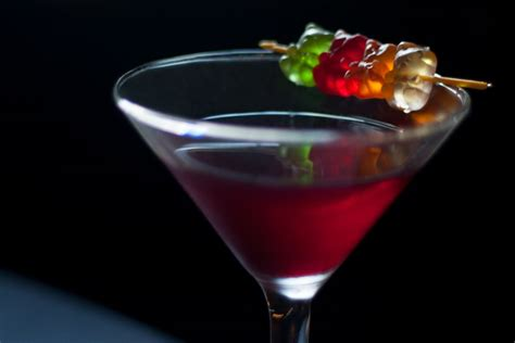 easy gummy bear martini vodka cocktail recipe