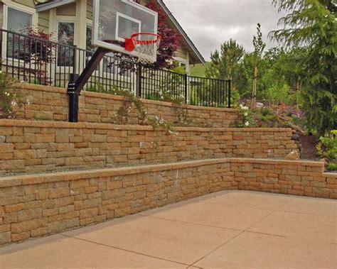 Best Backyard Basketball Court by Best 25 Backyard Basketball Court Ideas On