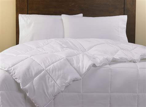 how to make a down comforter down alternative duvet comforter hilton to home hotel