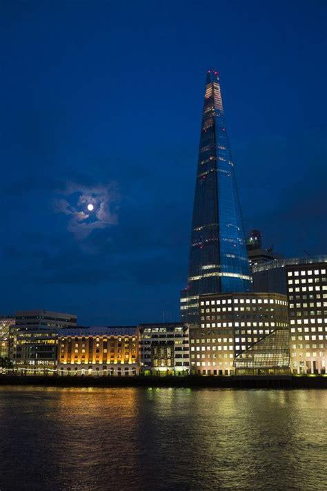the shard at night the shard at night london the british isles pinterest