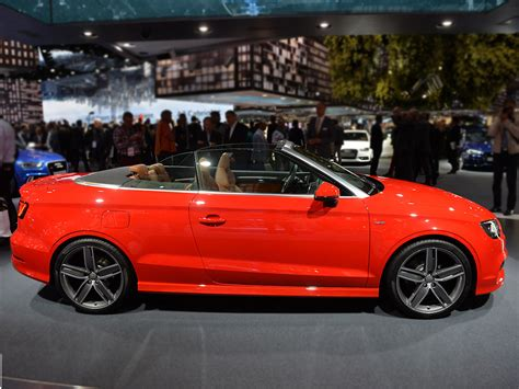 audi  cabriolet completes   family carscoza