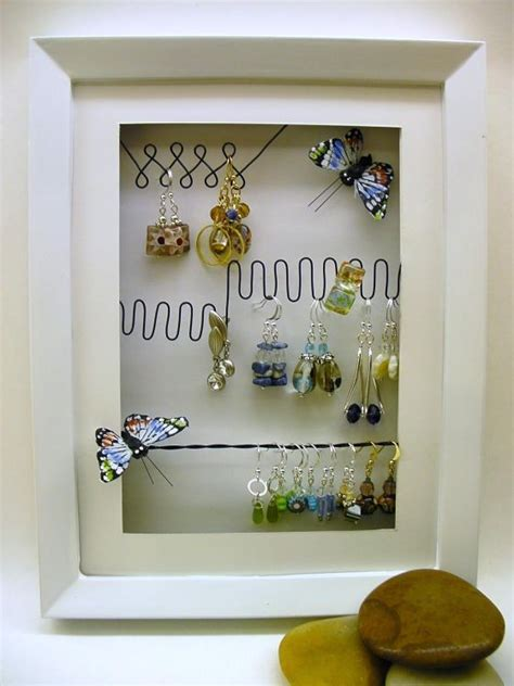 Handmade Jewelry Displays Ideas - organize your pretties jewelry displays try handmade