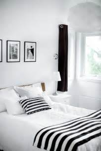 bedroom black and white 19 traditional black and white bedroom that inspire digsdigs