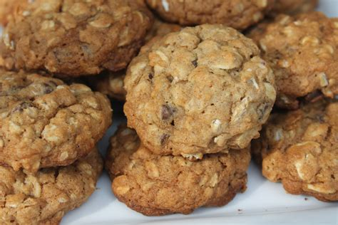 oatmeal cookies with mini chocolate chips the home heart
