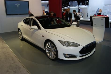 Type S Tesla Tesla Motors A Ajuns Sa Produca 400 De Masini Pe Saptamana
