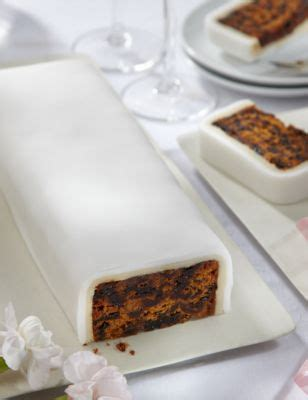wedding cutting bar cake fruit  white icing gluten