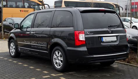 lancia voyager 2014 2016 2017 best cars review