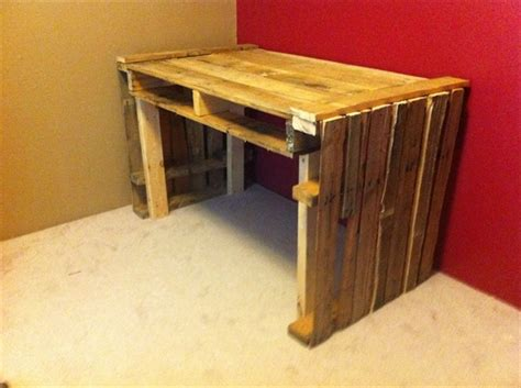 desk made from pallets 16 ideas for a useful pallet desk from recycled pallets