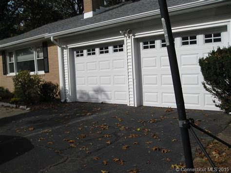 Overhead Door Orange Ct Newer Garage Doors Gutters Vinyl Siding And An Asphalt Roof A Orange Live