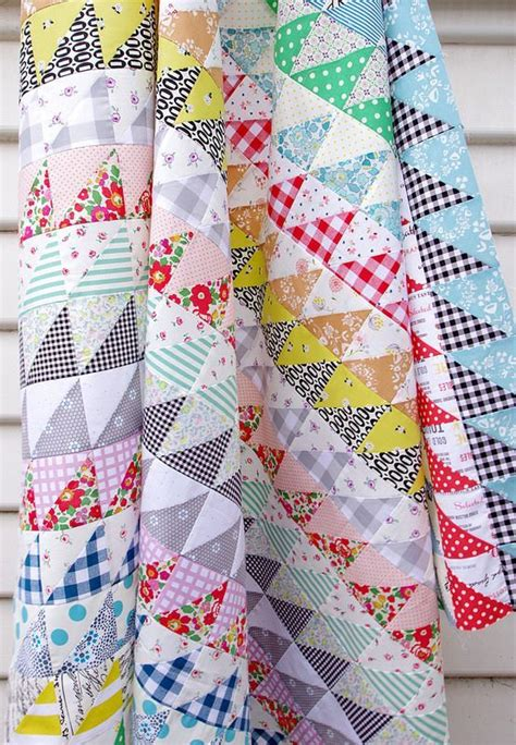 Triangle Patchwork Quilt Patterns - 138 best half square triangle quilts images on