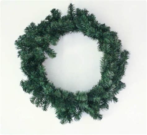 easy diy flocked wreath lovely etc