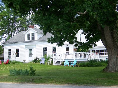 beautiful updated country farmhouse homeaway freeport charming east wing in country farmhouse homeaway barre