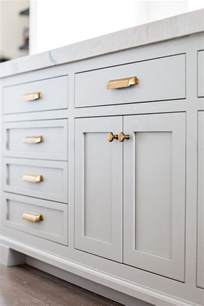 Kitchen Cabinet Pulls by Best 25 Kitchen Cabinet Hardware Ideas On Pinterest