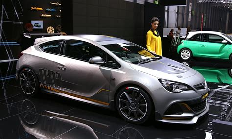 opel astra opc 2016 opel astra opc extreme road going racer live photos and