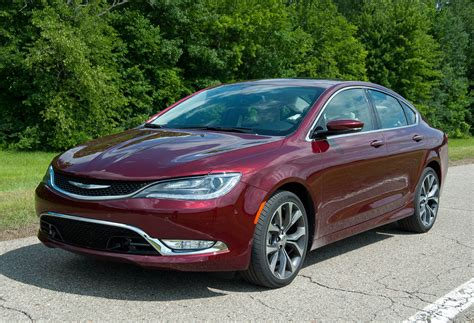Chrysler Car Names by 2015 Chrysler 200 Named Family Car Of The Year By Midwest