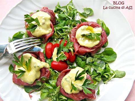 come cucinare il carpaccio di bovino rosette di carpaccio con salsa alla senape piatto unico
