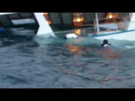 joy ride boat sinking october 2017 shark attack videos
