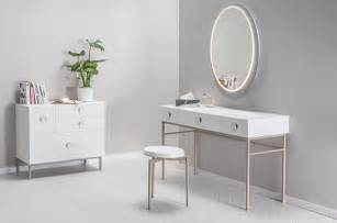 Small Makeup Vanity Table Small Makeup Table Small Vanity Dresse Home Design Ideas
