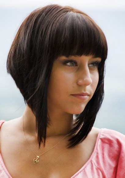 Medium Asymmetrical Bob