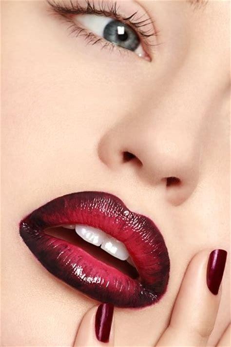 Ombre Lipstick Burgundy 18 ombre makeup looks pretty designs