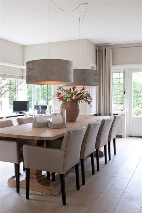 Dining Room Table Light by 25 Best Ideas About Large Dining Rooms On