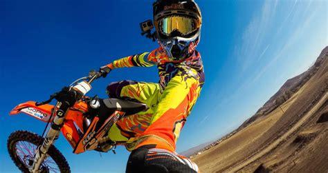 motocross go pro cam 233 ra embarqu 233 e moto notre guide mat 233 riel et fixation