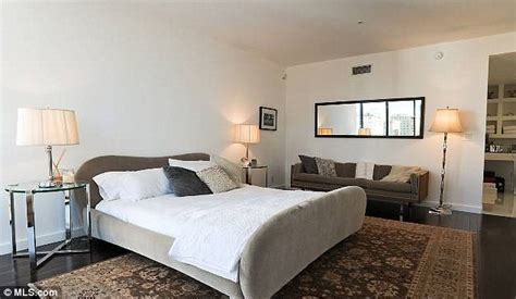 justin biebers bedroom justin bieber s starter home 1 7m luxury condo in heart