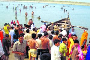 boat service centre in kolkata west bengal boat capsize toll rises to 20 centre seeks