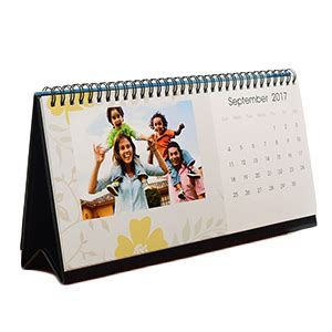 photo desk calendar make custom photo desk calendars with calendar maker
