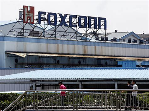 apple zhengzhou foxconn to expand production at zhengzhou plant china org cn
